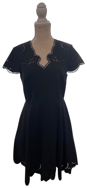 Item - Black Fit and Flare A Line Mid-length Formal Dress Size 10 (M)