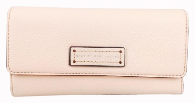 Marc by Marc Jacobs Light Pink Large New with Tags Wallet Marc by Marc Jacobs Light Pink Large New with Tags Wallet Image 2
