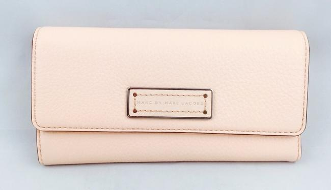 Marc by Marc Jacobs Light Pink Large New with Tags Wallet Marc by Marc Jacobs Light Pink Large New with Tags Wallet Image 3