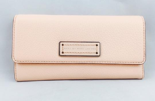 Marc by Marc Jacobs Marc By Marc Jacobs Light Pink Large Wallet New With Tags Image 7