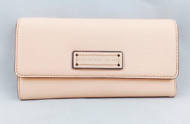 Marc by Marc Jacobs Light Pink Large New with Tags Wallet Marc by Marc Jacobs Light Pink Large New with Tags Wallet Image 8
