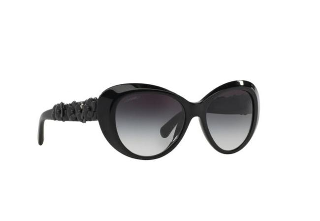 Item - Black Ch 5318-q C.501/S8 55mm Quilted Leather Camellia Flowers Butterfly Sunglasses