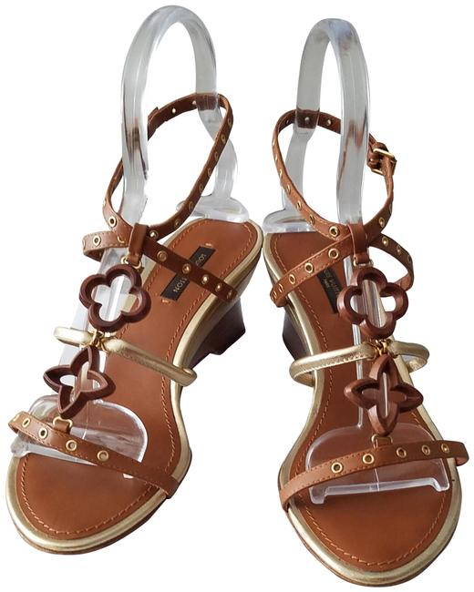 Item - Brown & Gold Italy Wedges Size EU 37 (Approx. US 7) Regular (M, B)