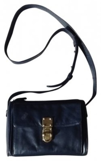 Preload https://item5.tradesy.com/images/dkny-navy-blue-soft-leather-cross-body-bag-29399-0-0.jpg?width=440&height=440