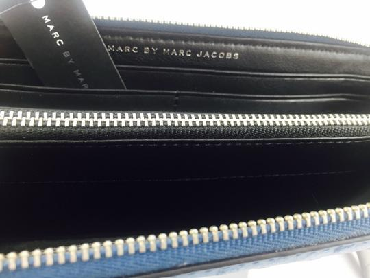 Marc by Marc Jacobs Marc By Marc Jacobs Blue Slim Continental Wallet Image 4