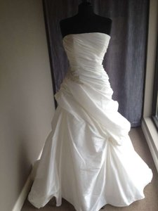Casablanca 2050 Wedding Dress