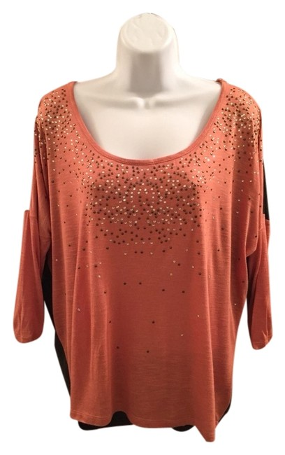 Preload https://img-static.tradesy.com/item/2941015/daytrip-peach-and-gray-blouse-size-12-l-0-0-650-650.jpg