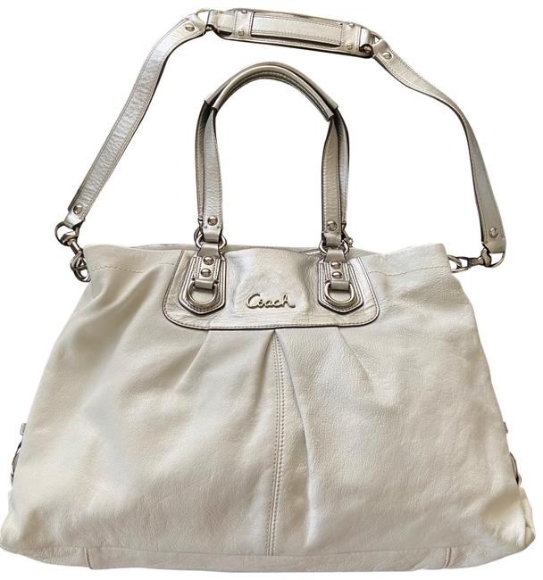 Item - Carryall Ashley Tote White and Silver Leather Shoulder Bag