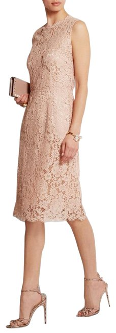 Item - Pink Dolce and Gabbana Blush Lace Mid-length Formal Dress Size 0 (XS)