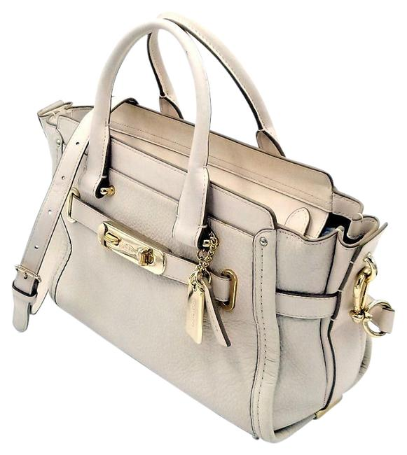 Item - Scout Swagger 34816 27 Cream White Leather Shoulder Bag