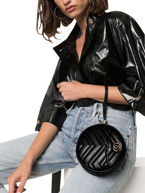 Item - Marmont New Round Zip Pouch Black Leather Wristlet