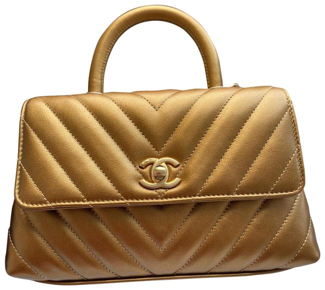 Item - Coco Handle In Gold Leather Cross Body Bag