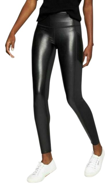 Item - Black Gleam Chaturanga To Town Tight Activewear Bottoms Size 0 (XS)