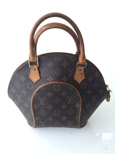 Louis Vuitton Ellipse Pm Tote in Monogram