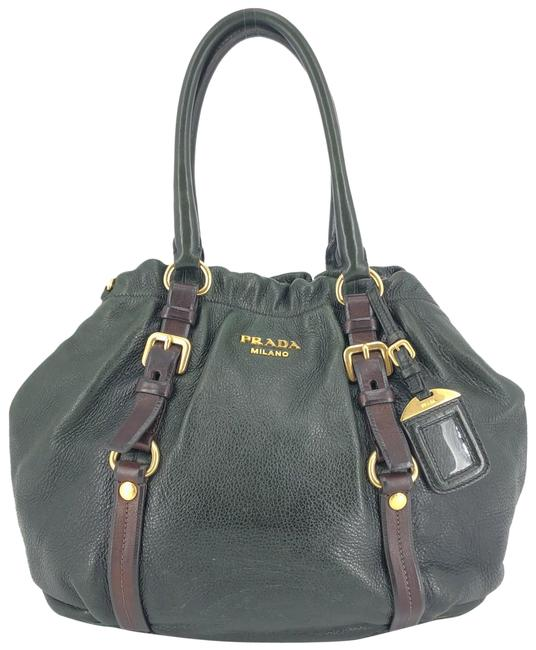 Item - Bag Way Buckle Detail #36044 Green Leather Tote