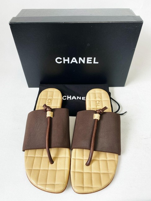 Item - Brown Beige Cc Quilted Spandex Leather 8 Sandals Size EU 38 (Approx. US 8) Regular (M, B)