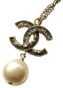 Chanel Chanel Classic CC Pearl Reversible Necklace