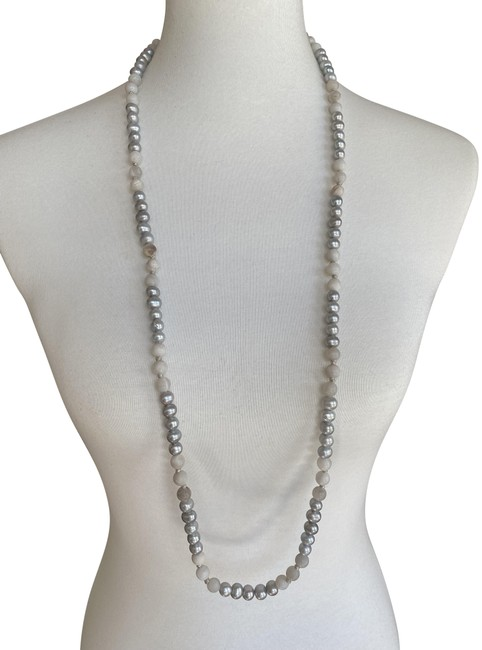 Item - Grey Pearl Mix Long Necklace