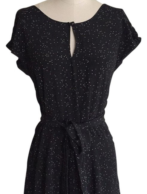Preload https://img-static.tradesy.com/item/2946184/french-connection-black-and-white-above-knee-short-casual-dress-size-4-s-0-1-650-650.jpg