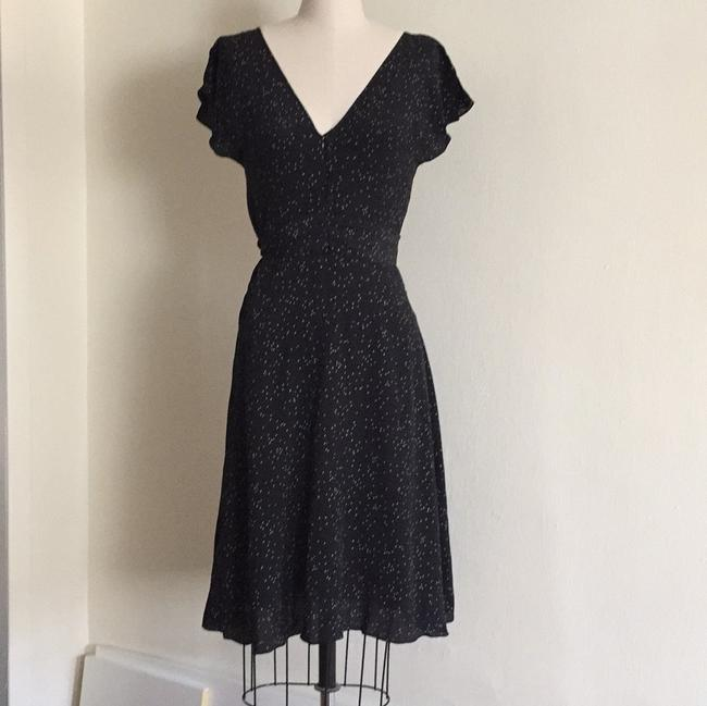 French Connection Black and White Above Knee Short Casual Dress Size 4 (S) French Connection Black and White Above Knee Short Casual Dress Size 4 (S) Image 4
