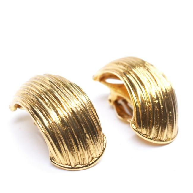 Item - Gold Vintage Yves Striped Textured Clip On Large G Earrings