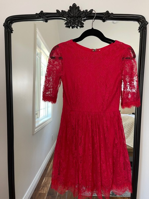 Item - Red Lace Formal Bridesmaid/Mob Dress Size 0 (XS)