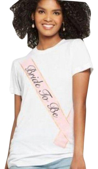"""Item - White Pink """"Bride To Be"""" By Tee Shirt Size 10 (M)"""