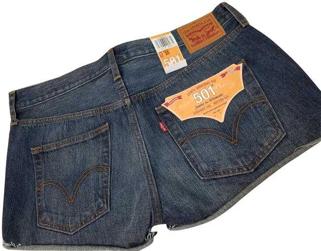 Item - Blue 501 Straight Leg Button-fly Shorts Size 8 (M, 29, 30)