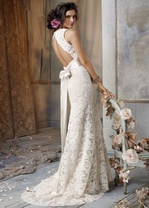 Jim Hjelm 8011 Wedding Dress
