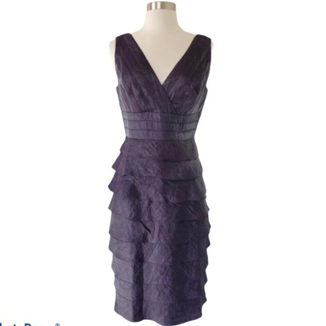 Item - Purple Satin Sheath Tiered Layers Sleeveless Party Mid-length Cocktail Dress Size 8 (M)