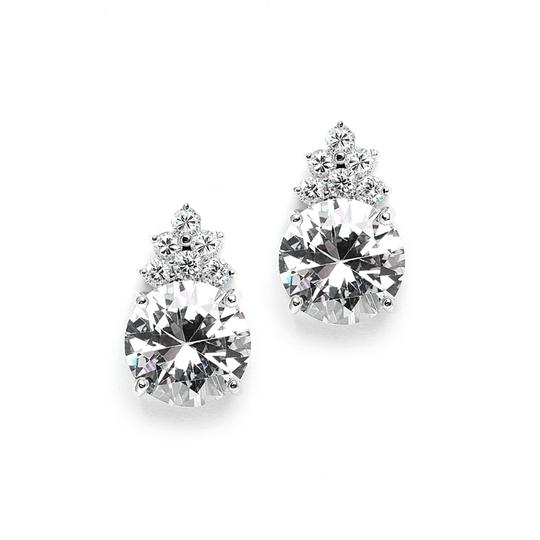 Preload https://item4.tradesy.com/images/other-set-of-7-pairs-of-bold-round-crystal-bridesmaids-earrings-2948293-0-0.jpg?width=440&height=440