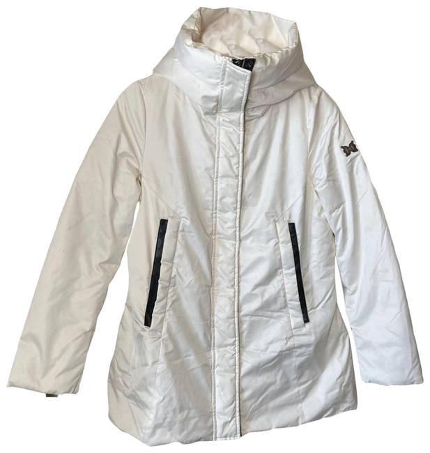 Item - White Premium Puffer Hooded Small Coat Size 4 (S)