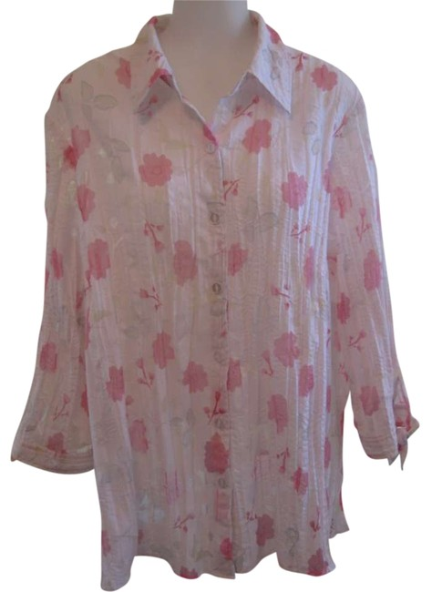Preload https://item3.tradesy.com/images/jm-collection-white-with-pink-floral-design-button-down-top-size-22-plus-2x-294872-0-0.jpg?width=400&height=650