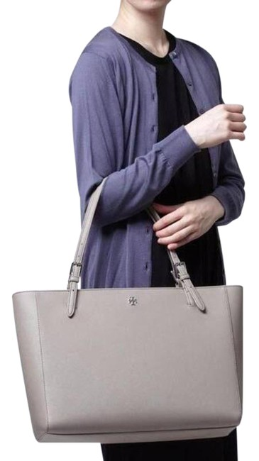Item - Saffiano French Gray Leather Tote