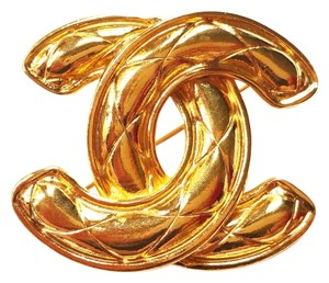 Chanel Chanel Vintage CC Gold Quilted Large Pin/Brooch
