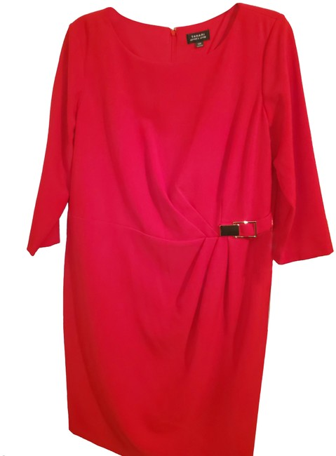 Item - Red Versatile Mid-length Night Out Dress Size 16 (XL, Plus 0x)