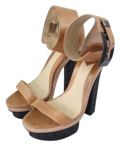 Brian Atwood Heel Tan And Black Sandals