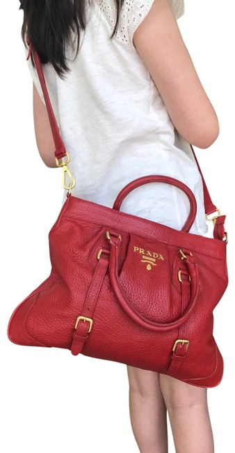 Item - Rare Vintage Red Leather Cross Body Bag