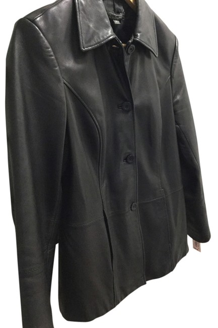 Preload https://img-static.tradesy.com/item/2949664/classiques-entier-black-leather-jacket-size-6-s-0-0-650-650.jpg