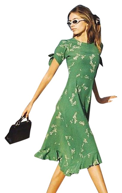 Item - Green Beline Midi In Myrtyle Floral Mid-length Night Out Dress Size 8 (M)