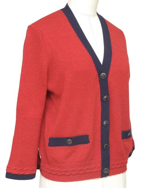 Chanel Red Cashmere Sweater Knit Navy Pockets V-neck 38 Cardigan Size 6 (S) Chanel Red Cashmere Sweater Knit Navy Pockets V-neck 38 Cardigan Size 6 (S) Image 2