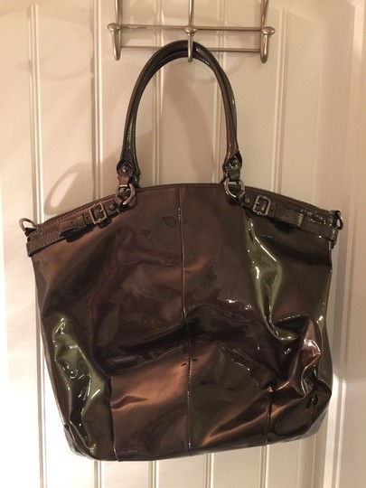 Coach Tote in Grey Patent
