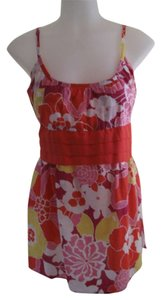 New York & Company Top Multi-colored Floral pattern