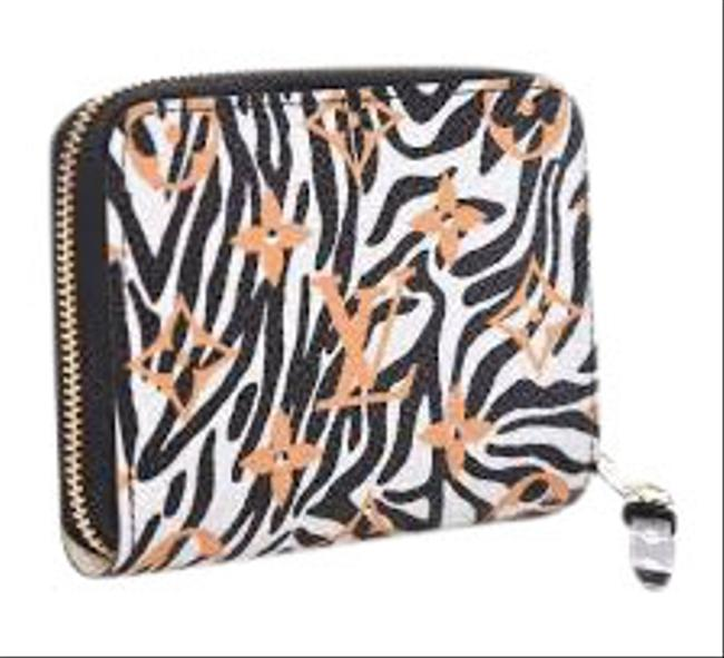 Item - Multicolor Limited Edition Jungle Giant Monogram Zippy Coin M67879 Wallet