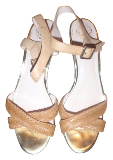 Preload https://item5.tradesy.com/images/vince-camuto-light-brownbeige-high-heel-with-and-open-toes-sandals-size-us-11-regular-m-b-2950429-0-0.jpg?width=440&height=440