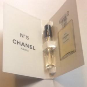 Chanel Chanel N5 Eau Premiere Mini 2ml CC NO 5