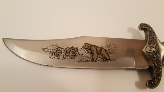 Chipaway Cutlery Etched Bears Collectors Bowie Knife Chipaway Cutlery Etched Bears Collectors Bowie Knife