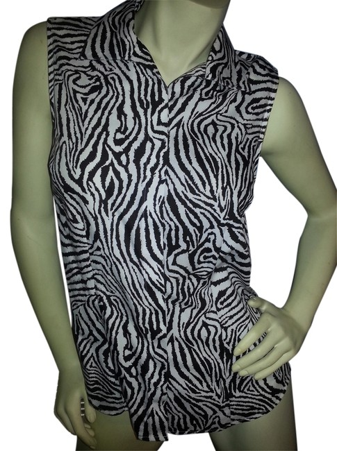 Preload https://img-static.tradesy.com/item/2950693/chico-s-black-and-white-zebra-print-effortless-hidden-no-iron-tank-button-down-top-size-8-m-0-0-650-650.jpg