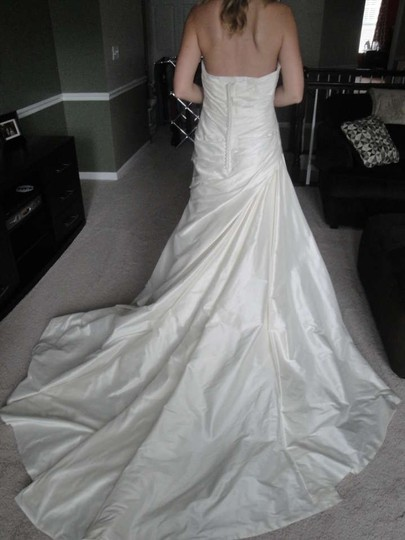 Enzoani Elizabeth Wedding Dress