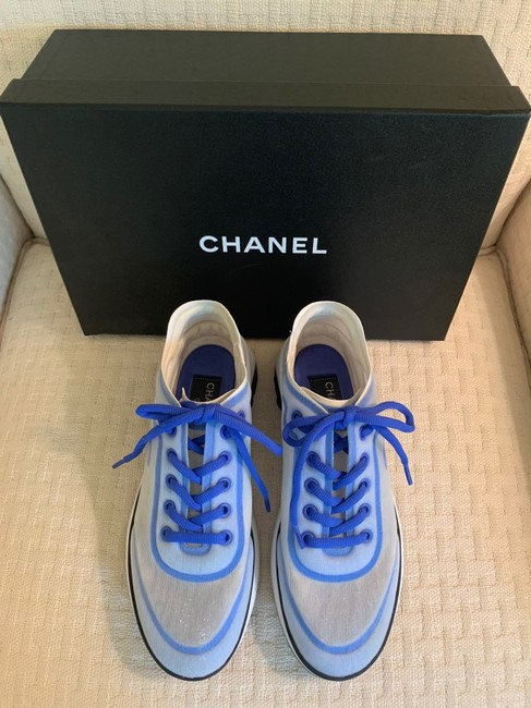 Chanel Blue/White 19p Sneakers Size EU 39 (Approx. US 9) Regular (M, B) Chanel Blue/White 19p Sneakers Size EU 39 (Approx. US 9) Regular (M, B) Image 2